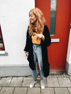 Nanda Schwarz- love her style Mode Outfits, Fall Outfits, Casual Outfits, Fashion Outfits, Womens Fashion, Grunge Outfits, Gilet Long, Jeans Boyfriend, Outfit Goals
