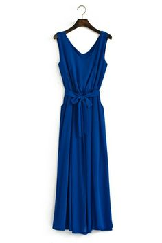 This royal blue maxi even comes with pockets. #perfection
