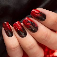 If you love red and black nail designs or looking for a special Halloween nail art look, get inspired by these fabulous red and black nail art designs! Halloween Nail Designs, Black Nail Designs, Halloween Nail Art, Nail Art Designs, Spooky Halloween, Pretty Halloween, Halloween Ideas, Nail Art Ongles En Gel, Nail Nail