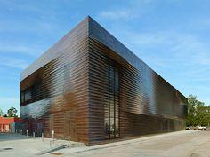 Sportmuseum in Louisiana eröffnet / Weiß und fließend - Architektur und Architekten - News / Meldungen / Nachrichten - BauNetz.de