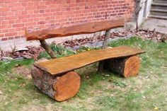 A #rustic #garden #bench for two: See detailed #project description here: http://www.1-2-do.com/de/projekt/Rustikale-_-3-_einfache-Gartenbank_-3-__-3-_/bauanleitung-zum-selber-bauen/6206/