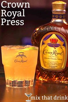 Crown Royal Press Drink Recipe Mix That Drink Liquor Drinks, Bourbon Drinks, Alcoholic Drinks, Whiskey Cocktails, Beverages, Summer Cocktails, Cocktail Drinks, Apple Crown Drinks, Peach Drinks