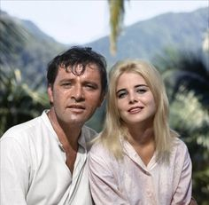 Richard Burton and Sue Lyon on the set of 'The night of the Iguana', directed by John Huston, 1964