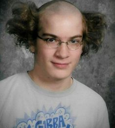 19 Funny Pics of Weird Hairstyles That Are Totally Ridiculous -04