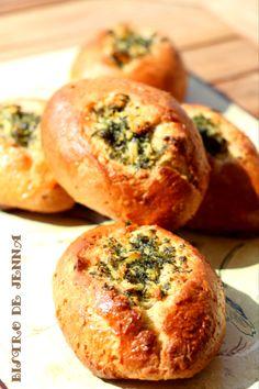Petits pains a l'ail & persil