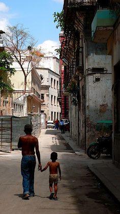 Havana Vieja, Cuba, 2009, photograph by Dirk te Winkel.