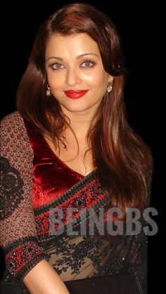 Aishwarya Rai Bachchan, Beautiful Saree, Beauty Women, Ash, Bollywood, Indian, Queen, Film, Gray