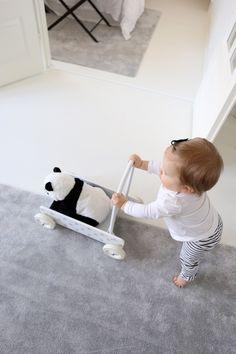 Homevialaura | VM Carpet Hattara | toddler cart