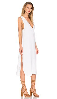 7275c16ca96 Makes for such an effortless chic pairing with any plain white dress!
