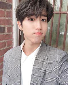 Rapper, Baby Squirrel, Wattpad, Chubby Cheeks, Kpop, Ji Sung, Pretty Baby, Lee Know, Minho