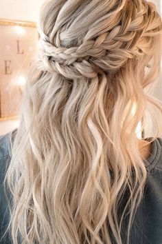 6 Gorgeous Braids to Cozy Up to This Fall via @PureWow