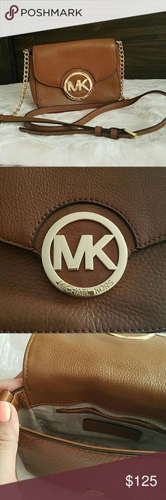 Michael Kors Fulton Bag 100% authentic! Bought at Macys. Excellent condition with a barely noticeable scratch on logo hardware (shown in picture). Used a couple of times. MICHAEL Michael Kors Bags Crossbody Bags