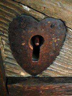 Rusty Heart Lock by Jack of Nothing
