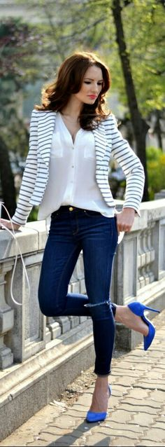 Navy = azul e listras casual werkkleding, eigentijds chique outfits, formel Winter Fashion Outfits, Work Fashion, Autumn Winter Fashion, Spring Outfits, Fall Winter, Style Fashion, Spring Fashion, Winter Chic, Autumn Outfits