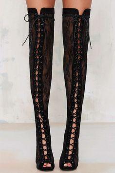 Lace Case Knee-High Heel