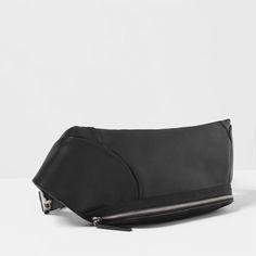 Image 3 of BASIC BELT BAG from Zara