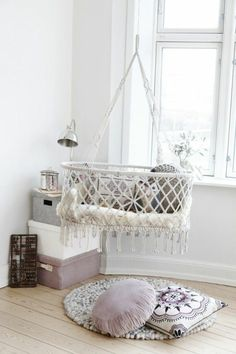 super schöne Babyschaukel für Innen