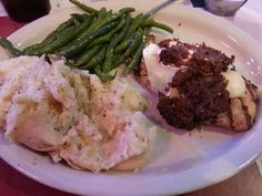 Chicken Ranchero,  Green Beans and Mashed Potatoes - - Willie's Bar and Grill - - New Braunfels TX