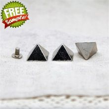 D1258 DIY 12.5x8mm Wholesale high quality pyramid screw back spikes