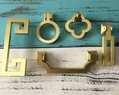 Drawer Handles Drawer Pull Dresser Knob Cabinet by ARoseRambling Dresser Knobs And Pulls, Dresser Handles, Brass Drawer Pulls, Knobs And Handles, Door Pulls, Drawer Knobs, Cabinet Handles, Door Knobs, Pull Handles