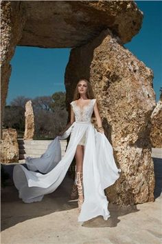 Sheath/Column V-neck Sweep/Brush Train Chiffon Lace Wedding Dress $473.00 $169.99