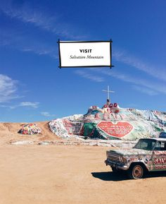 A Guide to Palm Springs, California.....salvation mountain is definitely on our California road trip list!
