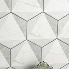 """Karra 7"""" x 8"""" Porcelain Field Tile in White/Gray"""