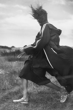 The Spring-Summer 2017 campaign, shot on location in Dungeness. Photography: David Sims Styling: Jane How Model: Luna Bijl Hair: Paul Hanlon Make up: Lucia Pieroni Urban Photography, Outdoor Photography, Fashion Photography, Inspiring Photography, Fashion Shoot, Editorial Fashion, Women's Fashion, Fashion Editorials, Camille Charriere