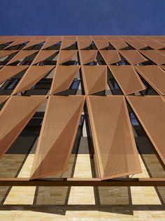 Gallery of University of Arizona Cancer Center / ZGF Architects - 3