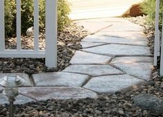 Make a sidewalks around the house, build a walkway or set up a garden path, if well done is a work that is forever and year after year will be intact and contributes to enhance the property' value, giving a touch of personalization that makes it unique and special and lovable to you. Traditional materials…