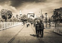 A lot of people asked me if I felt safe in Istanbul... absolutely! I think it's probably actually a great time to go... all of the key places to go were relatively empty and easy to maneuver. Here's a few policemen I saw on the way to the Hagia Sophia... #treyratcliff More on my blog at http://ift.tt/qCe472