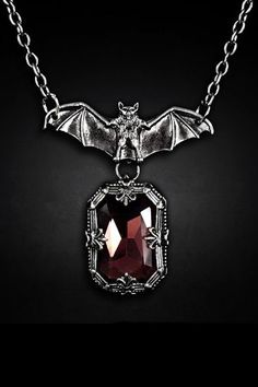 Restyle Gothic Bat Necklace Night Whisper Bat