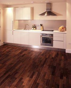 Laminate Wood Flooring | Cleaning your laminate wood flooring and solid hardwood flooring