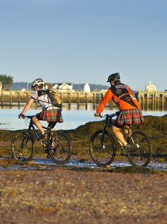 Love bike tours and exploring local culture? Try it with a kilt! Off Kilter bike…