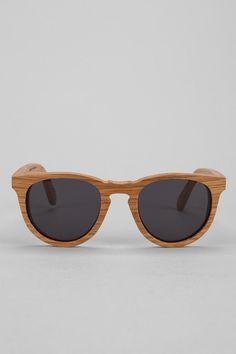 45 melhores imagens de óculos de sol   Male fashion, Sunglasses e ... e903bab75f