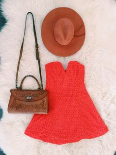 Our perfect weekend #ootd for checking out the local farmers market! Burnt orange is an all time favorite spring/summer wardrobe statement. #baileyblue #straplessdress