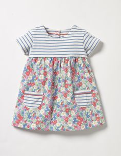 Hotchpotch Jersey Dress (Multi Vintage Floral) Hotchpotch Jersey Dress (Multi Vintage Floral) The post Hotchpotch Jersey Dress (Multi Vintage Floral) appeared first on Toddlers Ideas. Toddler Outfits, Outfits For Teens, Matching Outfits, Vintage Kids Fashion, Fashion Kids, Tee Dress, Dress Leggings, Dress Shoes, Shoes Heels