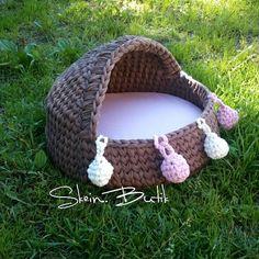 Crochet Cat Toys, Crochet Home, Crochet Animals, Crochet Dolls, Crochet T Shirts, Crochet Fabric, Knitting Yarn, Knitting Patterns, Crochet Patterns