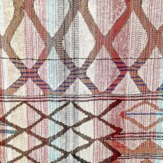 Detail of one of the weavings exhibited in Teresa Lanceta's Farewell to the Rhombus @lacasaencendida . A project looking at craft as a form@of knowledge within women in Middle Atlas.
