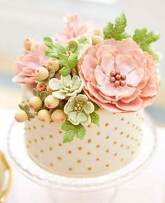 34 Pretty One-Tier Wedding Cakes To Get Inspired | Weddingomania ...
