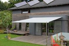RollOFF - the retractable shade sail Even though ancient within concept, the pergola has been Pergola Kits, Outdoor Decor, House Front, Backyard Makeover, Diy Outdoor, Shade Sail, Pallet Furniture Outdoor, Outdoor Living, Home And Garden