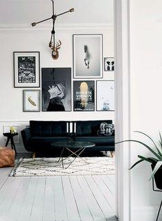 Witte houten vloer in de woonkamer
