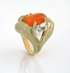 """Snowdrop"" ring, by Ilgiz Fazulzyanov. Gold, enamel, fire opal."
