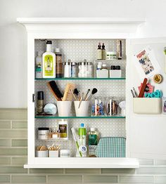 Bathroom Medicine Cabinet Organization Maximize your medicine cabinet with these tips and find extra storage space you didn't even know you had!