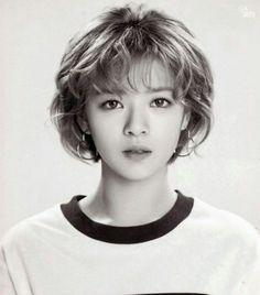 Are One Idols// Twice- Jeongyeon Suwon, Twice Jyp, Twice Jungyeon, Kpop Girl Groups, Korean Girl Groups, Kpop Girls, Nayeon, Pelo Ulzzang, Tzuyu Body