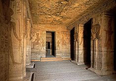 desert palacesbinterior | World's Travel Destination: The Mysterious Ancient Egyptian Pyramids