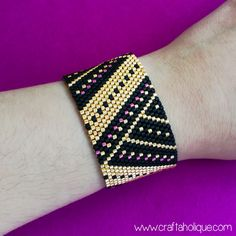 """Are you a peyote stitch fan? Make this fabulous bracelet """"Angular Splendour"""" using flat even count peyote! Get this pattern (and more) at Craftaholique..."""