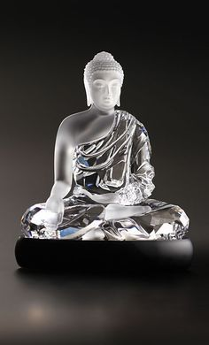 Swarovski Asian Icons Buddha Sculpture - A perfect decoration piece for the home and office. This Buddha shines in faceted clear crystal and crystal with a matt finish. Sitting on a Jet crystal base, this masterpiece has a strong symbolic meaning. Lotus Buddha, Art Buddha, Buddha Zen, Swarovski Crystal Figurines, Swarovski Crystals, Swarovski Jewelry, Crystal Resin, Clear Crystal, Crystal Jewelry