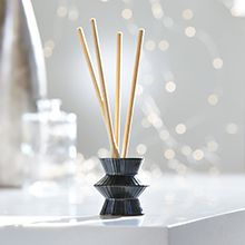 Image Of Smartscent Flameless Sticks In A Decorative Holder Reed Diffuser Partylite Fragrance