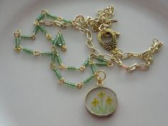Different usage of seed beads--using them for links in a necklace--Like!